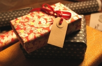 Gifts and the 'Warm Glow' Effect image
