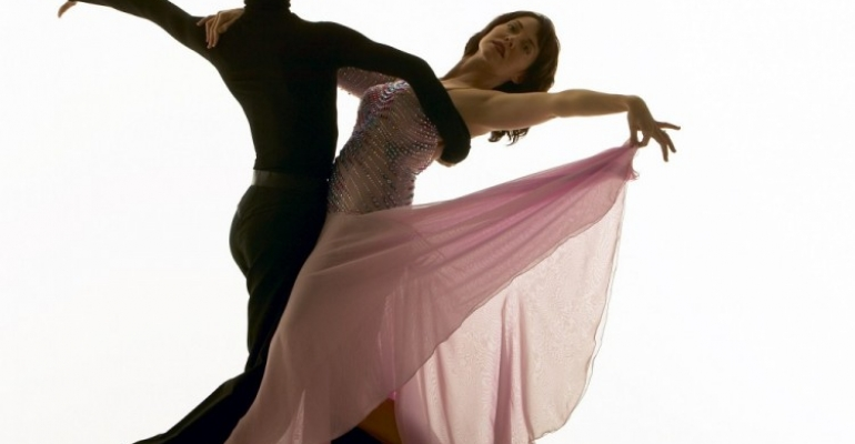 The Complementarity Tango image