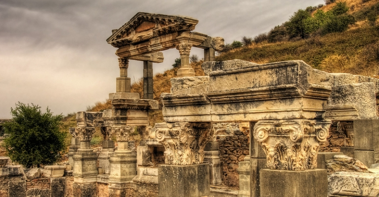Did Jesus Cleanse the Temple Twice? image